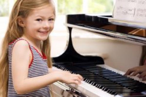 Khóa đào tạo âm nhạc đặc biệt cho lứa tuổi mầm non và thiếu nhi